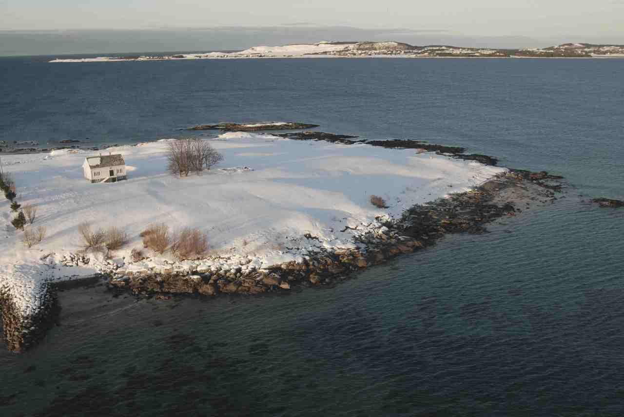 Norwegian holiday hideaway nestles on remoteisland