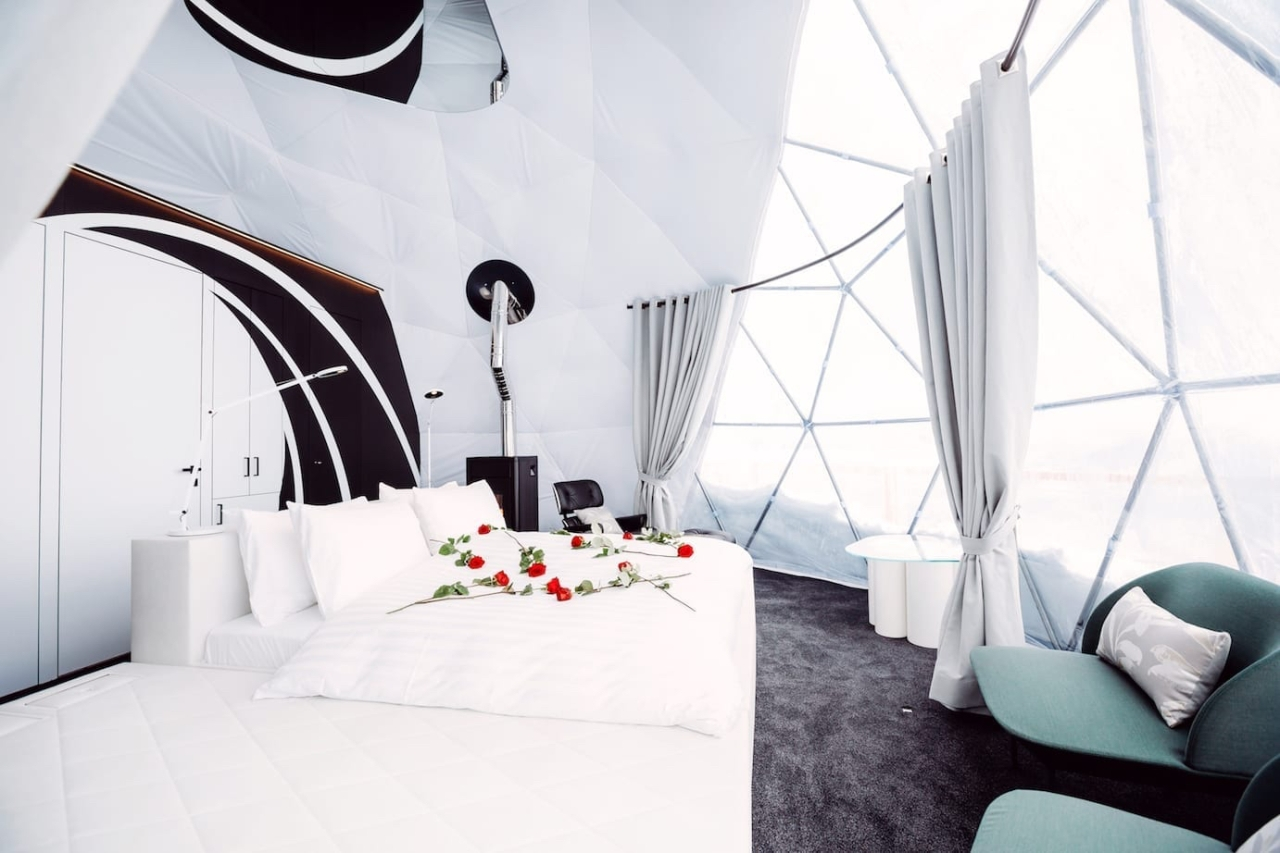 Inside the Alpine 007 hideaway with a licence tothrill