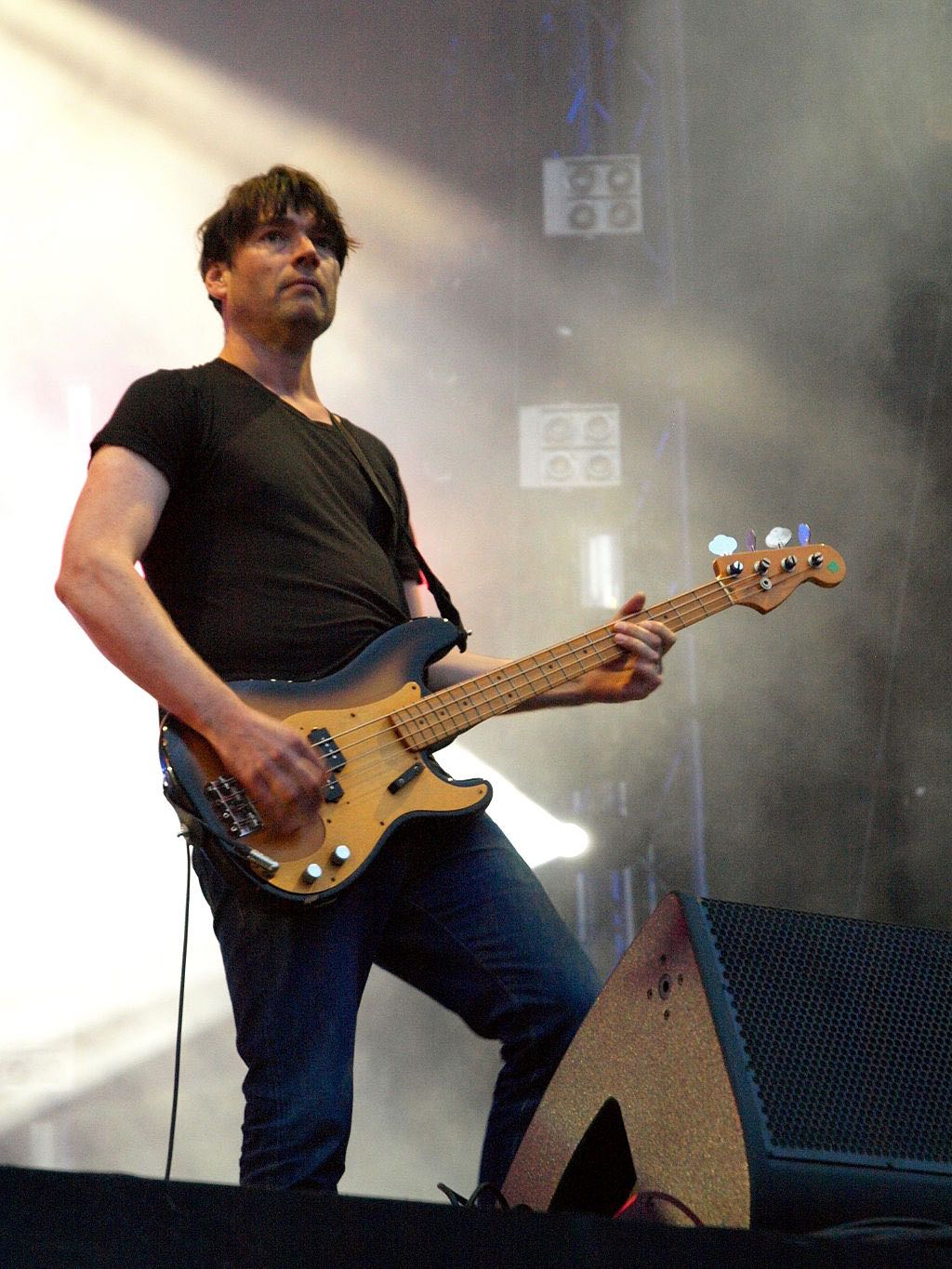 New P&O cruise ship Iona to be named with Alex James' smashing Britpopcider