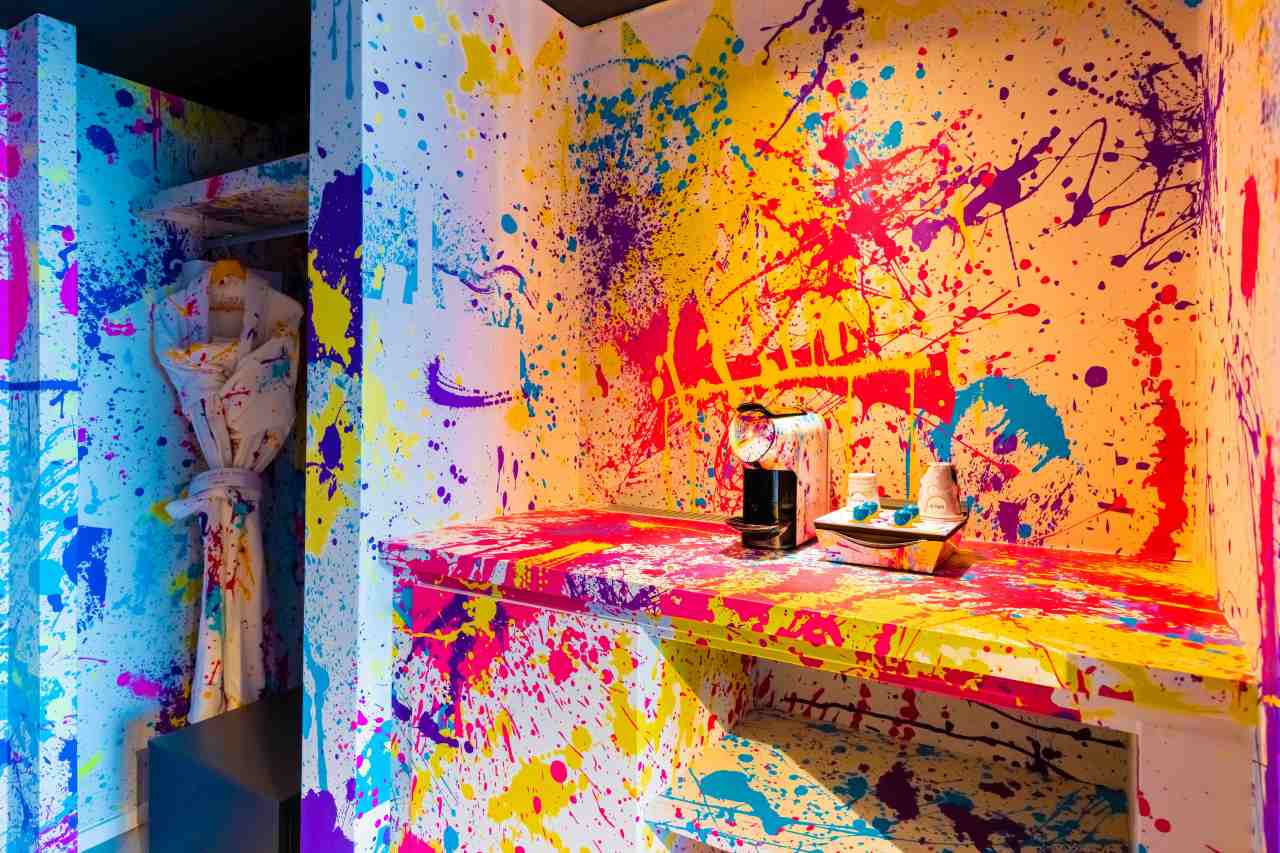 Hello reception? I think my room's beenpaintballed!