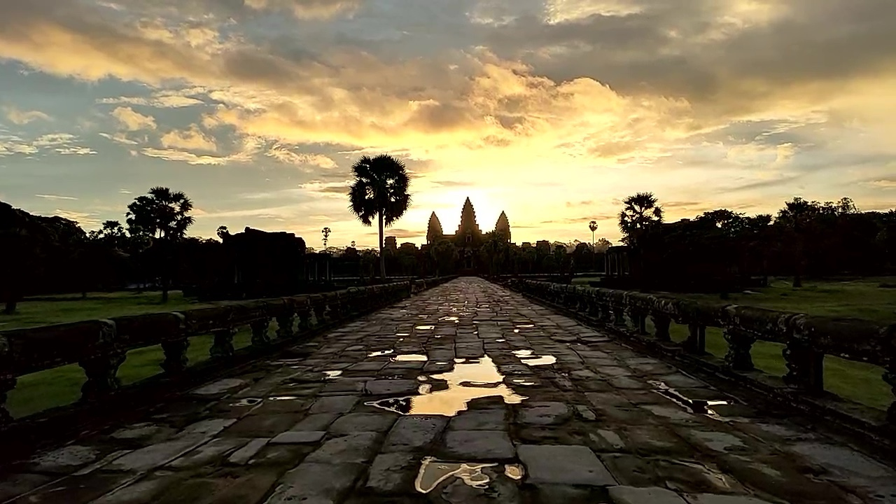 Watching the sun rise over Angkor Wat on autumnequinox