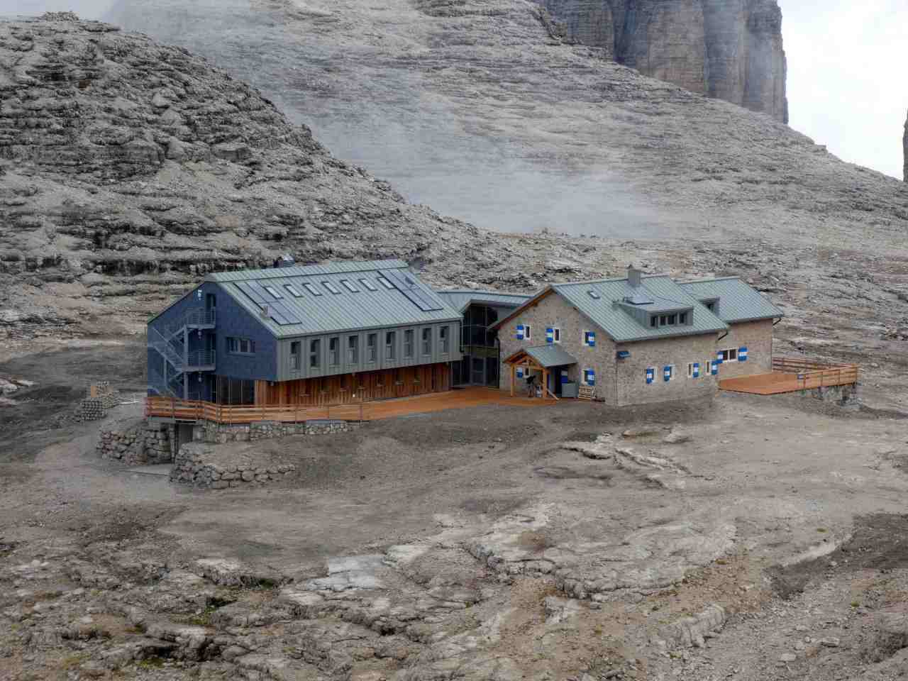 High life returns to historic mountain hut 3,000 metres up theDolomites